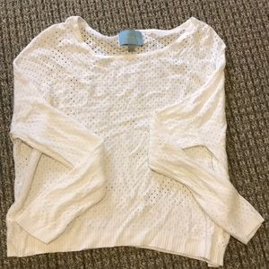 CUTE WHITE PERFORATED SWEATER SIZE SMALL